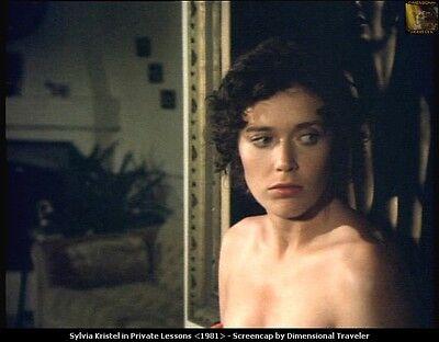 SYLVIA KRISTEL: 1  Foto (13x18cm)  des Erotikstars (EMANUELLE); Nude; Busen -k28