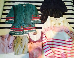 Lot vetements pour fille 4 ans ( Catimini, sergent major..)