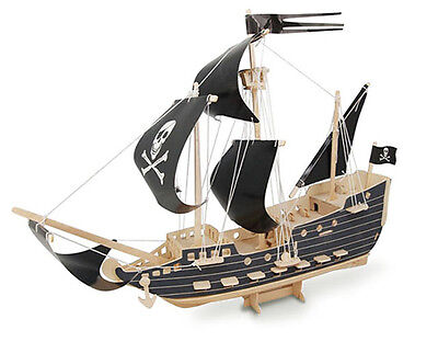 PIRATE SHIP - QUAY Woodcraft Construction Kit FSC P-217
