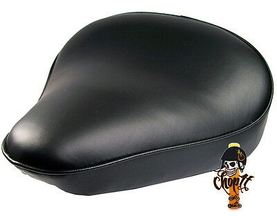 Schwarzer Motorrad Solositz im klassischem Design für Chopper Cruiser Bobber