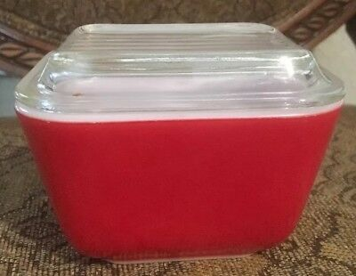 Vintage Pyrex Refrigerator Dish With Lid Red #501 B