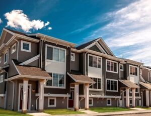 NEW Starling Townhome Double Attached Garage *Close to St.Albert