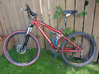 ROCKY MOUNTAIN bike, front/back  HYDRAULIC DISC brakes
