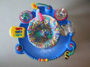 Soucoupe - Exerciseur - Exersaucer - Evenflo