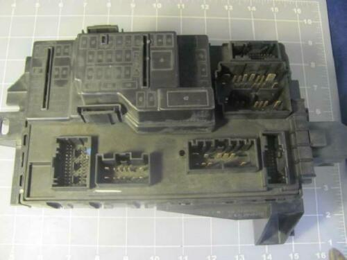 Ford Motor Company A100DTN0MB AT4T 15604 AA Power Distribution Module T13334