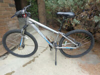 woman's NORCO all terrain bike, front/back DISC brakes