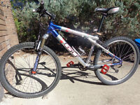 GT AVALANCHE road/mountain bike, very light