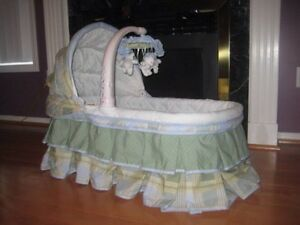 Simplicity Sweet Dream Bassinet
