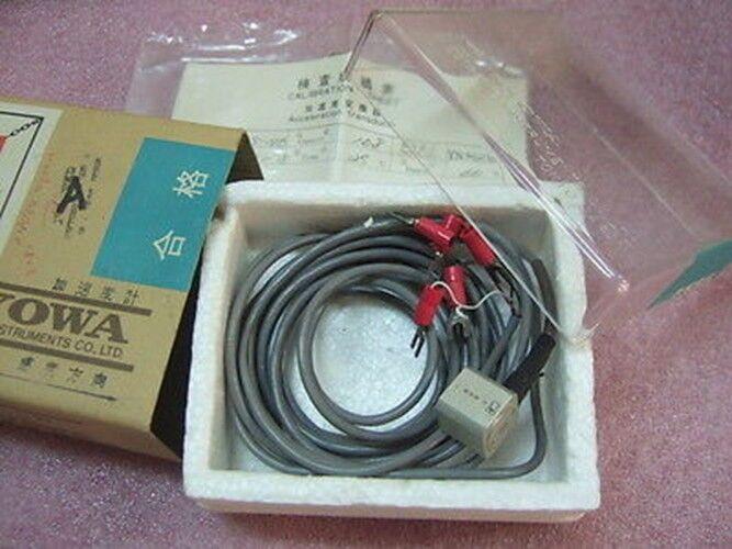 KYOWA AS-10B Acceleration Transducer Small Light-Weight AS-B �10G *A*