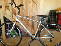 BRAND NEW!!! Specialized Bike '13 MN Crossroads Comfort