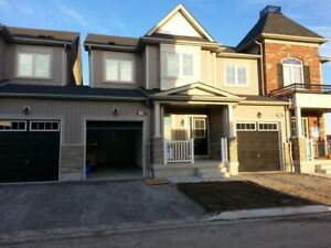 Almost New 4 bed 2.5 bath town-home - Brooklin