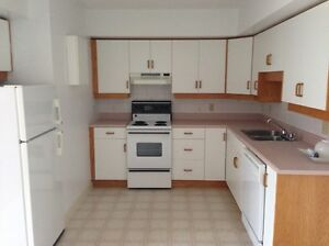Bright Two Bedroom Apartment - Beach Grove Road