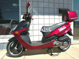 New SAGA Quest 49cc Gas Scooter/Moped on January SUPER SALE Now! Edmonton Edmonton Area image 7