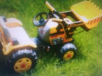 Peg perego pedal tractor