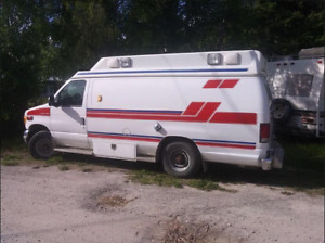 1999 Ambulance top condition will pass safety 7.3 International