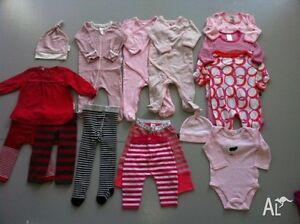 3 BOXES WITH BEST QUALITY BABY CLOTHES (25 ITESMS - $50 CAD)