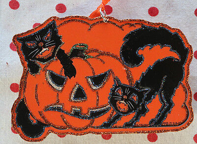Halloween Black Cats (Glittered Wooden Halloween Ornament~ Two Black Cats & Pumpkin ~Vintage )