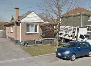 Furnished 2 bedroom Detached bungalow,close to Ottawa University