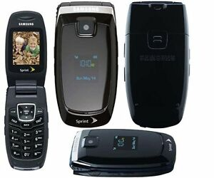 BASIC CELL FLIP PHONE