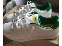 White and Green Men's Lonsdale Trainers Size 10