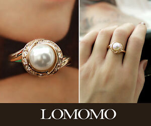 Classical 18K Rose Gold Plated Pearl Ring with Swarovski Crystals R338