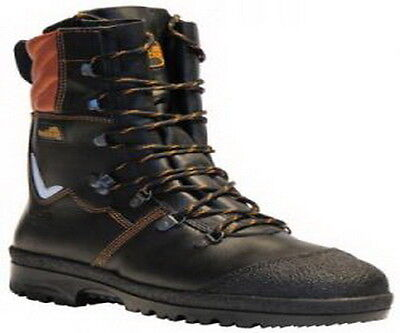 Arbortec Treehog TH10 Tusk Chainsaw Boots size 45 (10.5)