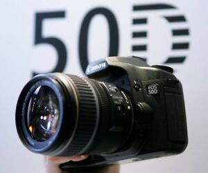 CANON EOS 50D + objectif Canon EF-S 18-55 MM