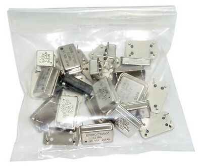 25x Mixed Frequency New Crystal Oscillators - Grab Bag  27p010