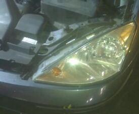 Ford Focus N/S Headlight (2004)