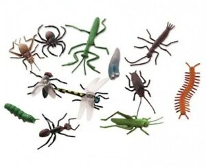 12 x Plastic Bugs Insects Creepy Crawlies Halloween Prop Decoration Realistic