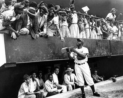Brooklyn Dodgers Photo - 1947 Brooklyn Dodgers JACKIE ROBINSON in Cuba Glossy 8x10 Photo Print Poster