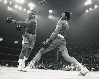 1971 Heavyweight Boxers JOE FRAZIER vs MUHAMMAD ALI Glossy 8x10 Photo Print