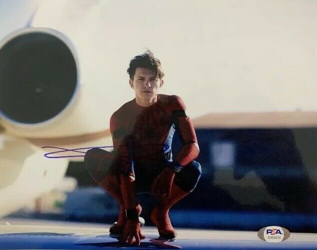 TOM HOLLAND HAND SIGNED 8x10 PHOTO ACTOR AUTOGRAPHED SPIDER-MAN AVENGERS PSA COA