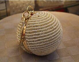 Best Price Women's Pearl/Diamond round clutch bag