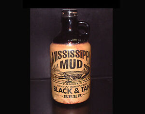 MISSISSIPPI MUD BEER BOTTLE AND BEER, GIN, SERVING TRAYS