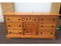 Pine wooden sideboard / Chest of drawers
