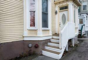 1 of 2 bedroom apartment looking for sublet May to August