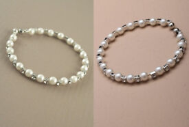 Crystal and faux Pearl Bead Bracelet. - JTY140