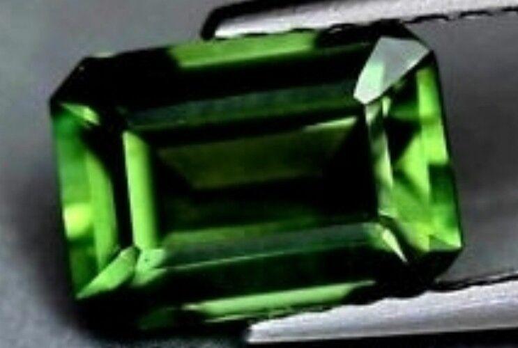 GREEN TOPAZ 14 x 10 MM EMERALD CUT VVS BEAUTIFUL COLOR