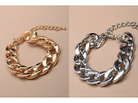 Large chunky plastic chain bracelet. SILVER COLOUR ONLY - JTY074
