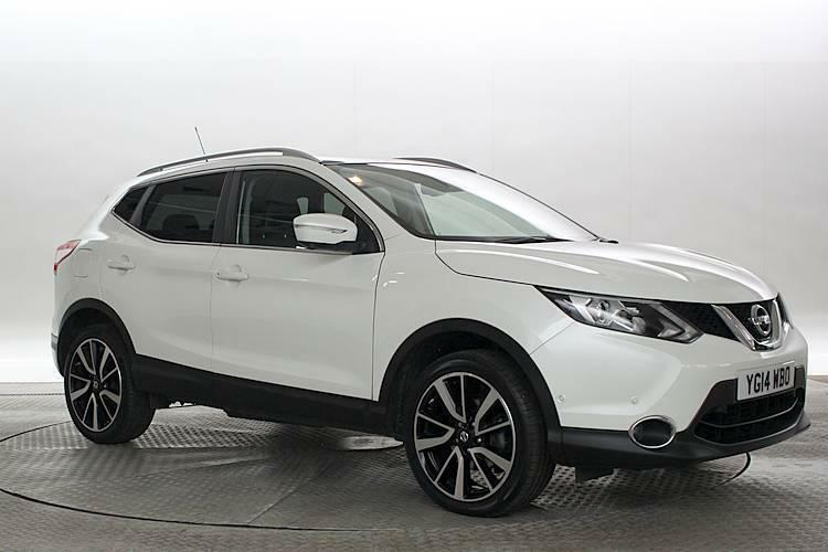 2014 14 reg nissan qashqai 1 6 dci tekna 4x2 pearl white 5 standard diesel man in west. Black Bedroom Furniture Sets. Home Design Ideas
