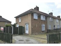 3 Bedroom House in Degenham Heath Underground Station - Available Now