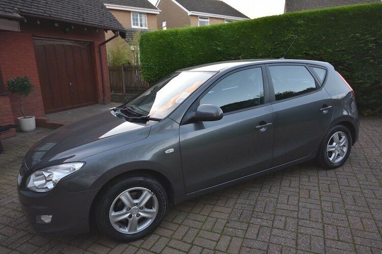 Hyundai i30 in excellent condition, mot april 18, electric windows, electric mirrors, very clean car