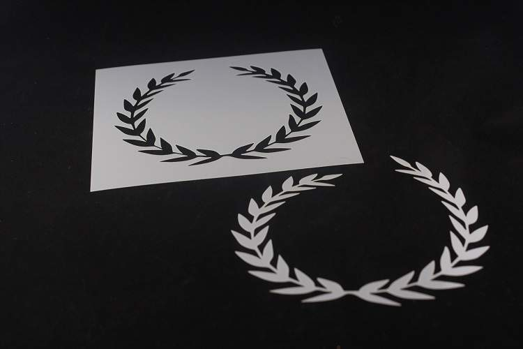 Laurel Wreath Mylar Stencil Various Sizes Made in USA -L396 Durable Reusable**