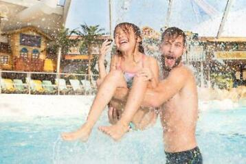2 tickets voor waterpretpark Aqualibi