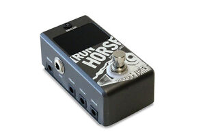 Pédale Outlaw IRON HORSE POWER SUPPLY + TUNER