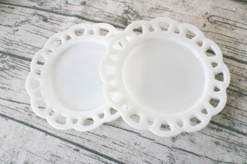"""Vintage Anchor Hocking Milk Glass Set of 2 Old Colony Open Lace 8-1/4"""" Plates"""