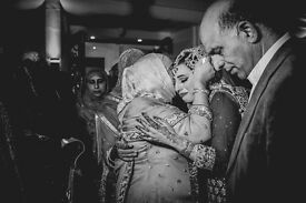 *PROFESSIONAL WEDDING PHOTOGRAPHER £80 per hour* £350 for 5 hours, £500 for whole day