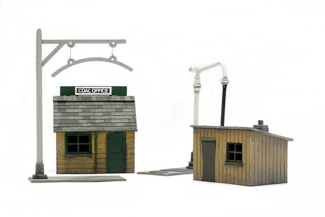 Dapol C011 Platelayers Hut, Coal Office, Height Gauge & Water Pump Kit OO Gauge