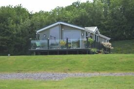 Lakeside Lodge For Sale £55,000 - 12 Month Season.